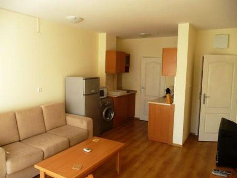 Квартира в Бургасской области, Болгария, 100 м2 - фото 1