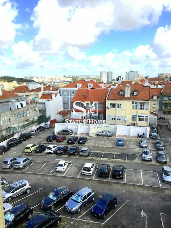 Апартаменты в Лиссабоне, Португалия, 40 м2 - фото 1
