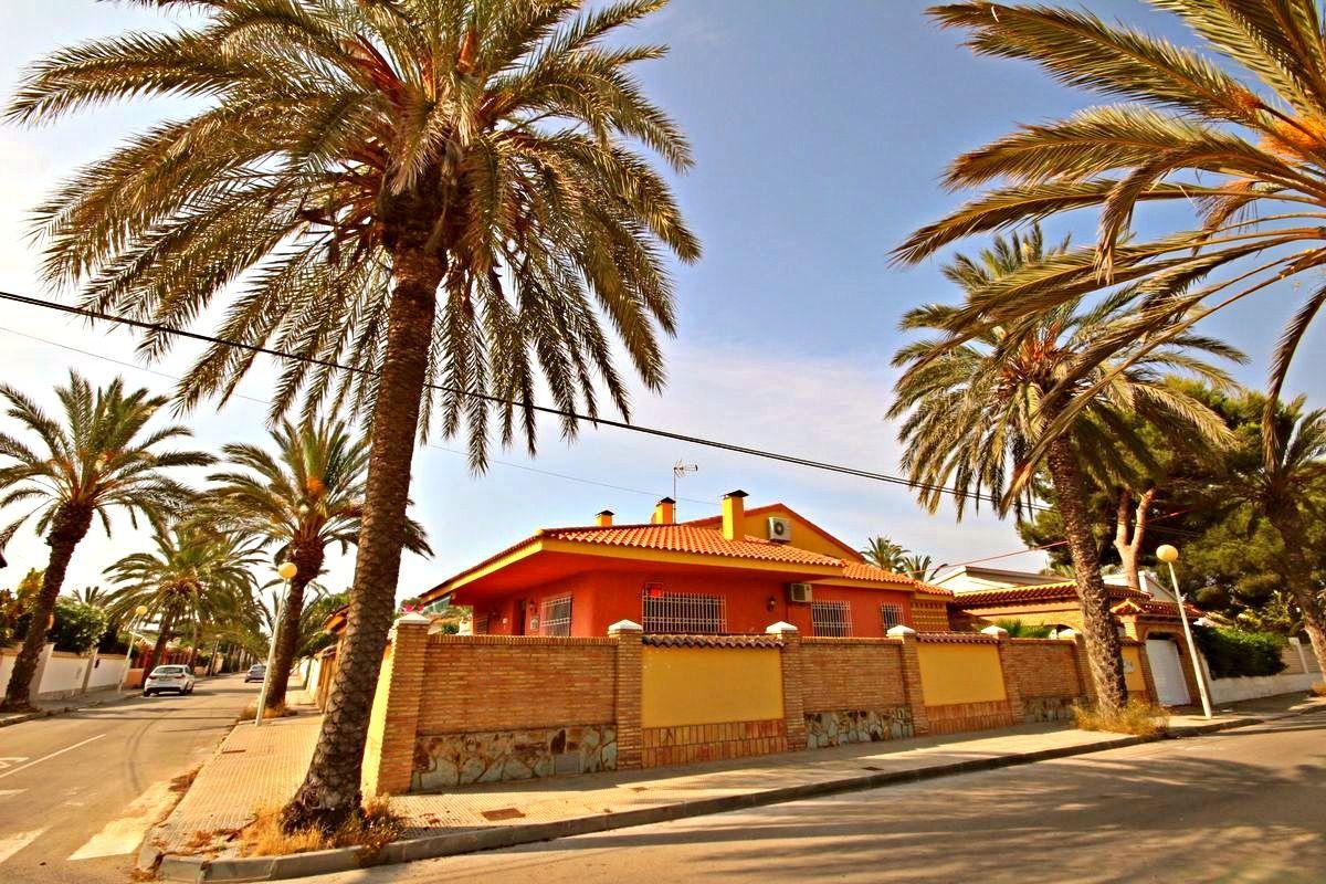 Вилла Cabo Roig, Испания, 517 м2 - фото 1