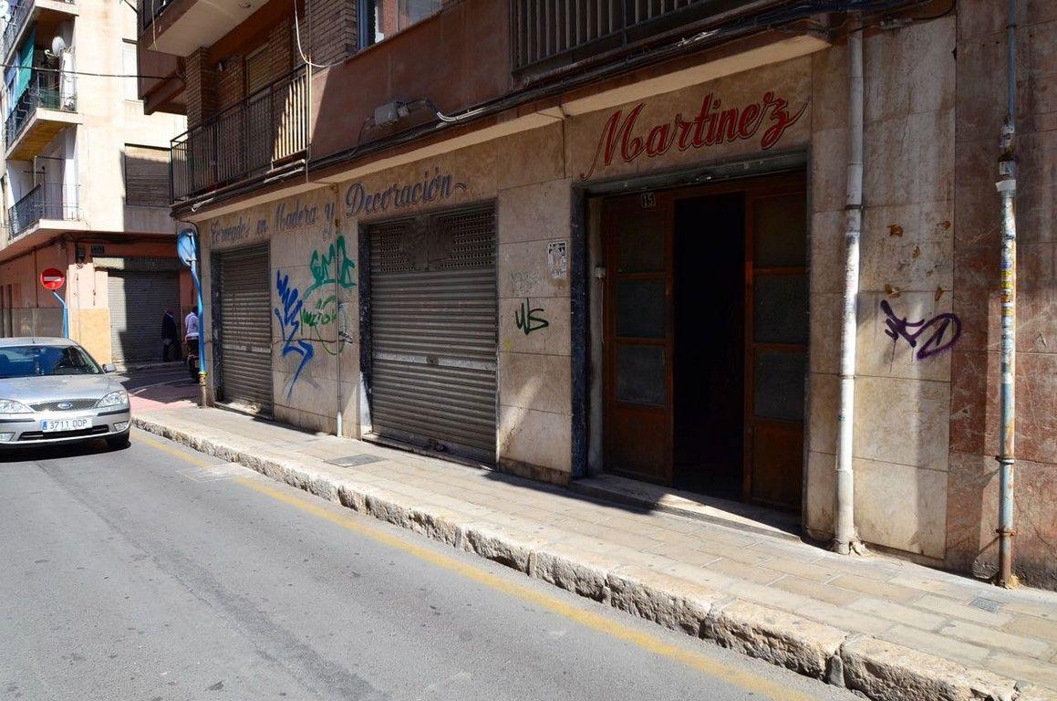 Коммерческая недвижимость в Аликанте, Испания, 105 м2 - фото 1