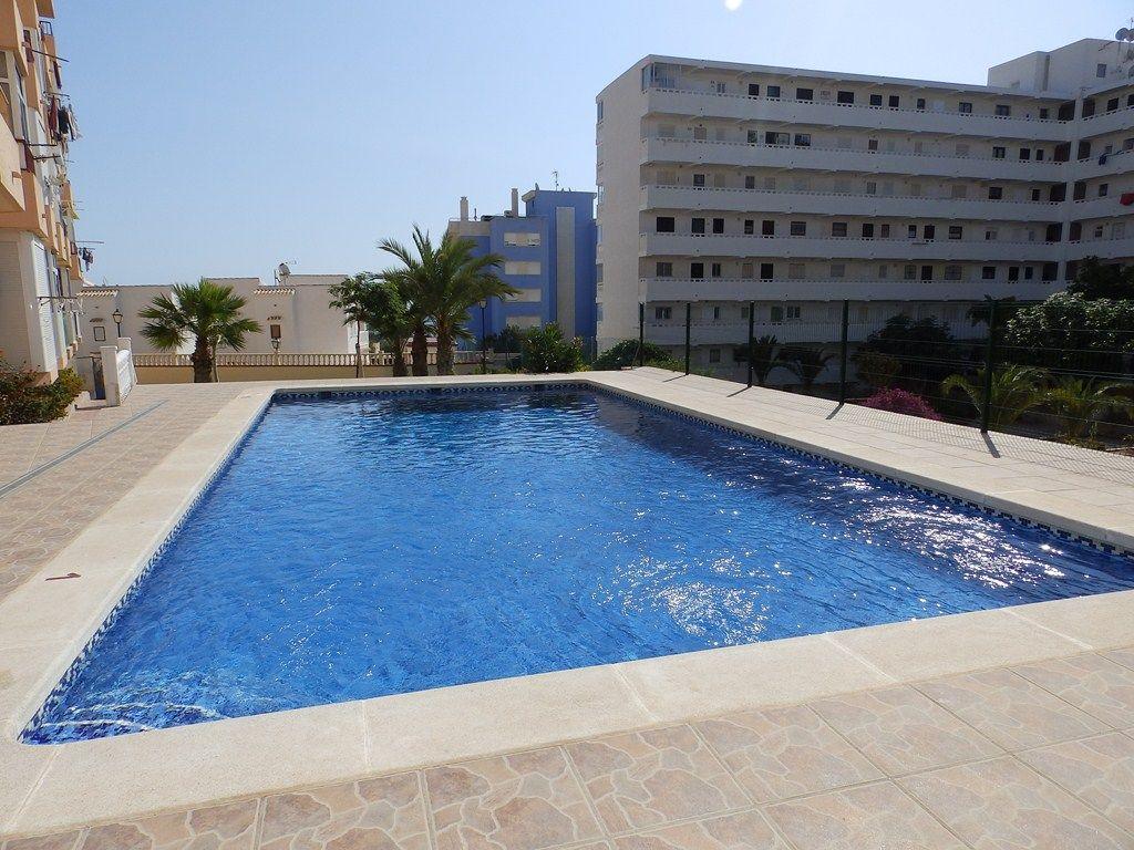 Апартаменты Torrevieja, Испания - фото 1