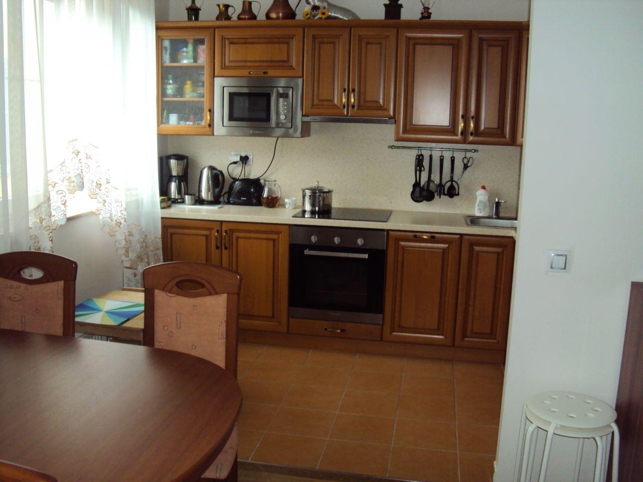 Апартаменты в Карловых-Варах, Чехия, 73 м2 - фото 1