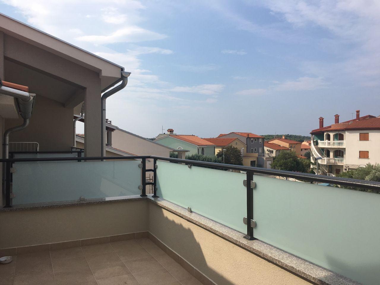 Квартира в Пуле, Хорватия, 103 м2 - фото 1