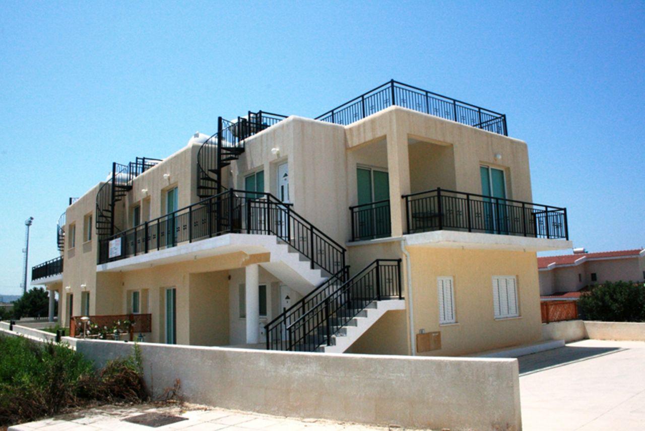 Квартира в Пейе, Кипр, 74 м2 - фото 1