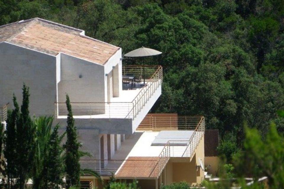 Вилла на Коста-Брава, Испания, 300 м2 - фото 1
