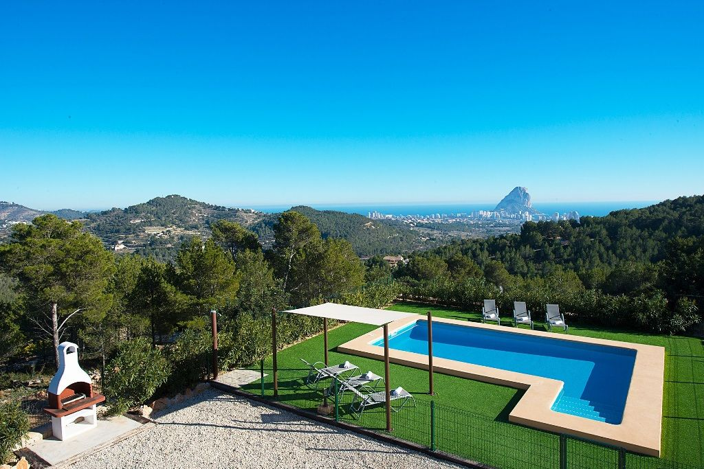 Вилла в Кальпе, Испания, 310 м2 - фото 1