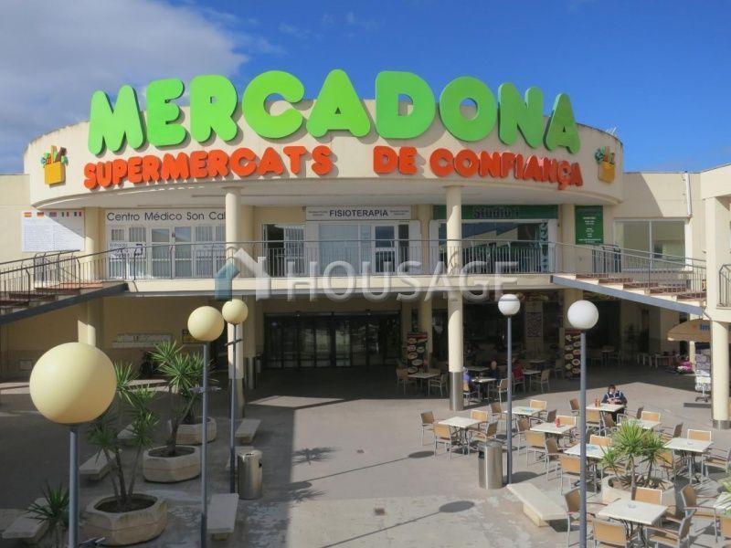 Магазин Хаен, Испания, 1600 м2 - фото 1