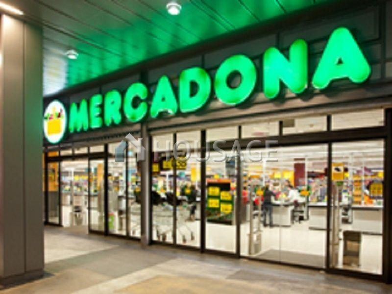 Магазин Андалусия, Испания, 2010 м2 - фото 1