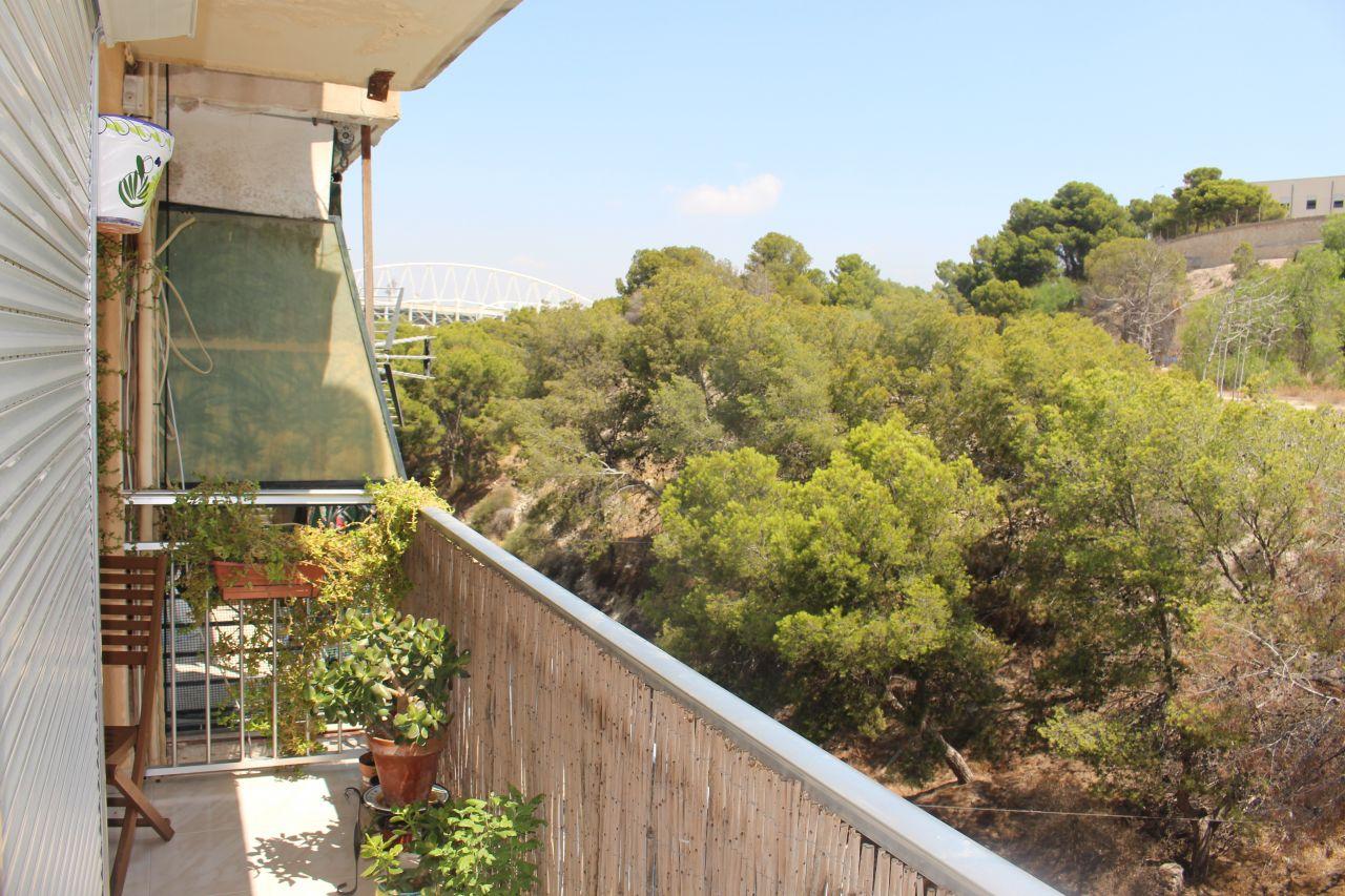 Квартира в Аликанте, Испания, 90 м2 - фото 2