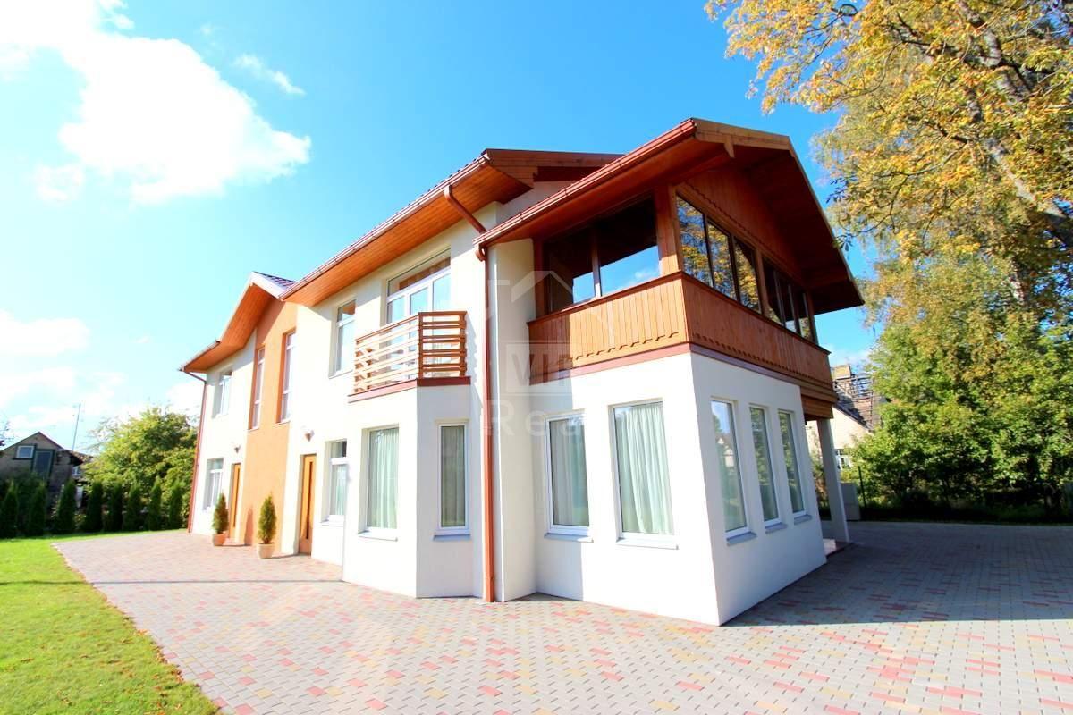 Дом в Юрмале, Латвия, 800 м2 - фото 1