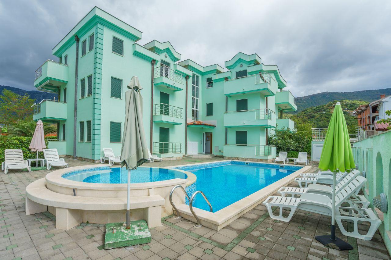 Апартаменты в Зеленике, Черногория, 74 м2 - фото 1