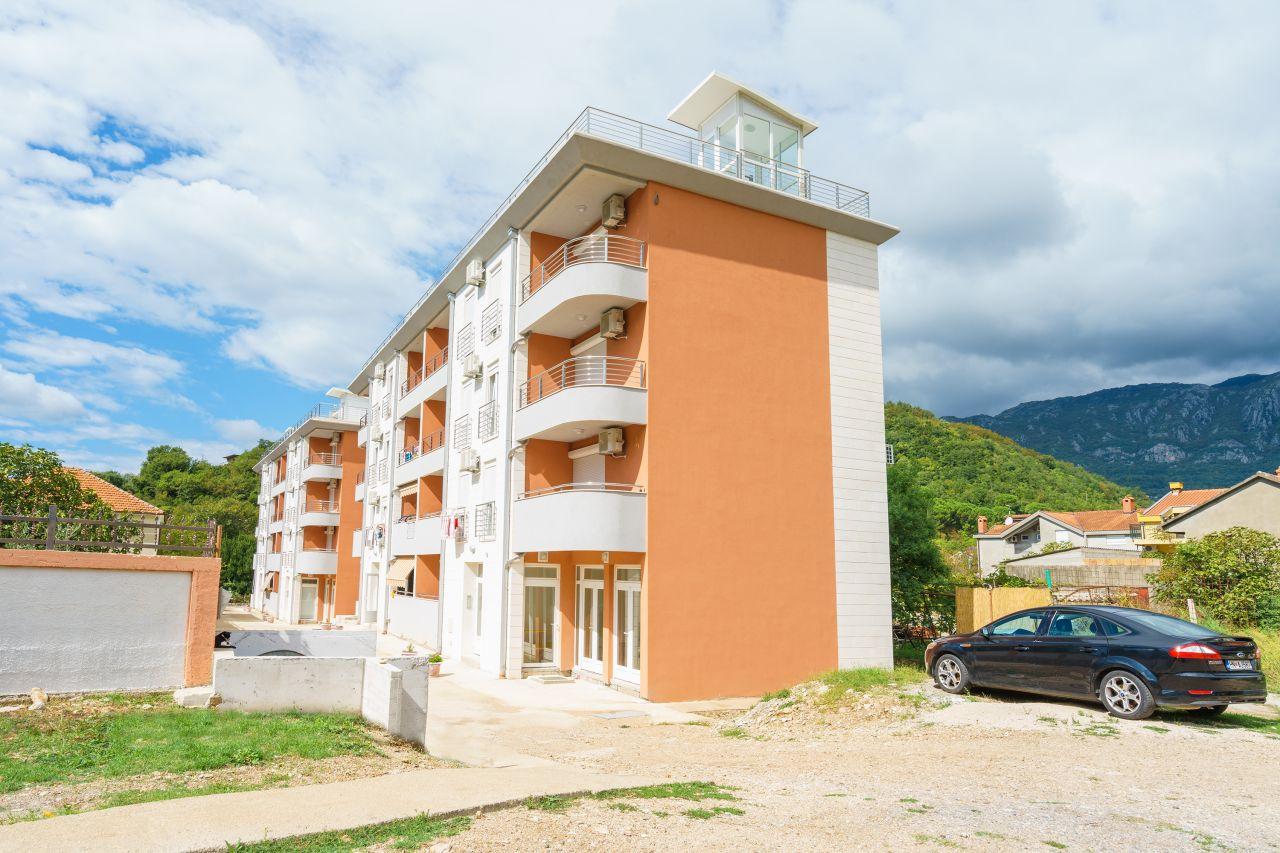 Апартаменты в Зеленике, Черногория, 65 м2 - фото 1