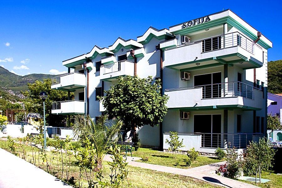 Апартаменты в Зеленике, Черногория, 64 м2 - фото 1