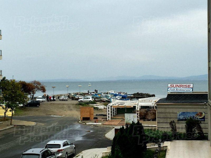 Апартаменты в Поморие, Болгария, 81.19 м2 - фото 1