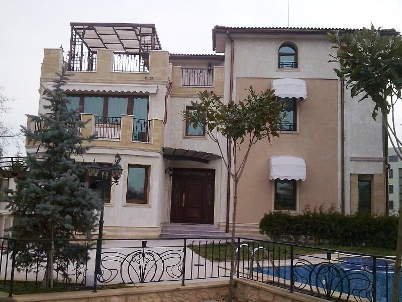 Дом в Варне, Болгария, 1070 м2 - фото 1