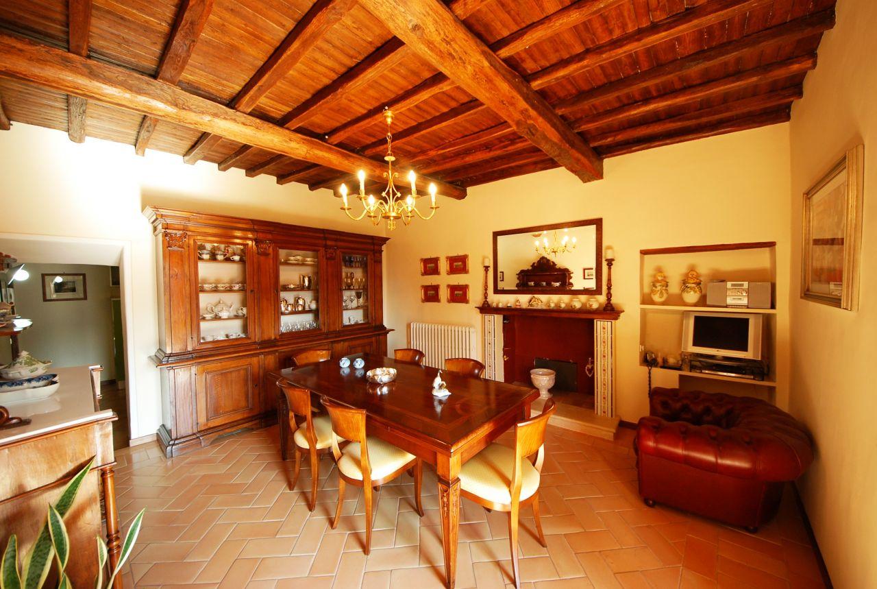 Апартаменты в Умбрии, Италия, 165 м2 - фото 1