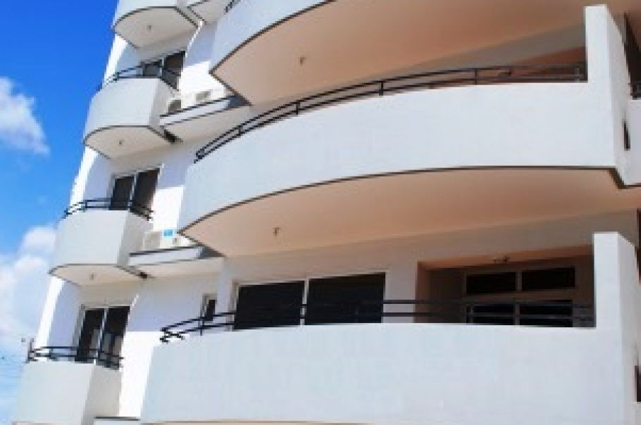 Апартаменты в Ларнаке, Кипр, 84 м2 - фото 1