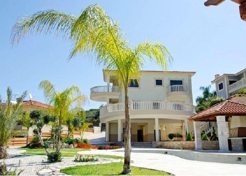Вилла в Лимассоле, Кипр, 1055 м2 - фото 1
