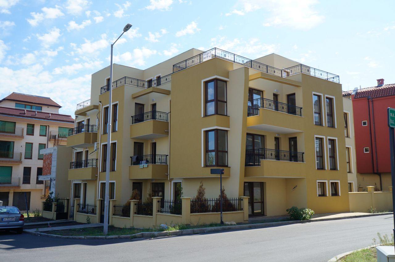 Квартира в Несебре, Болгария, 67 м2 - фото 1