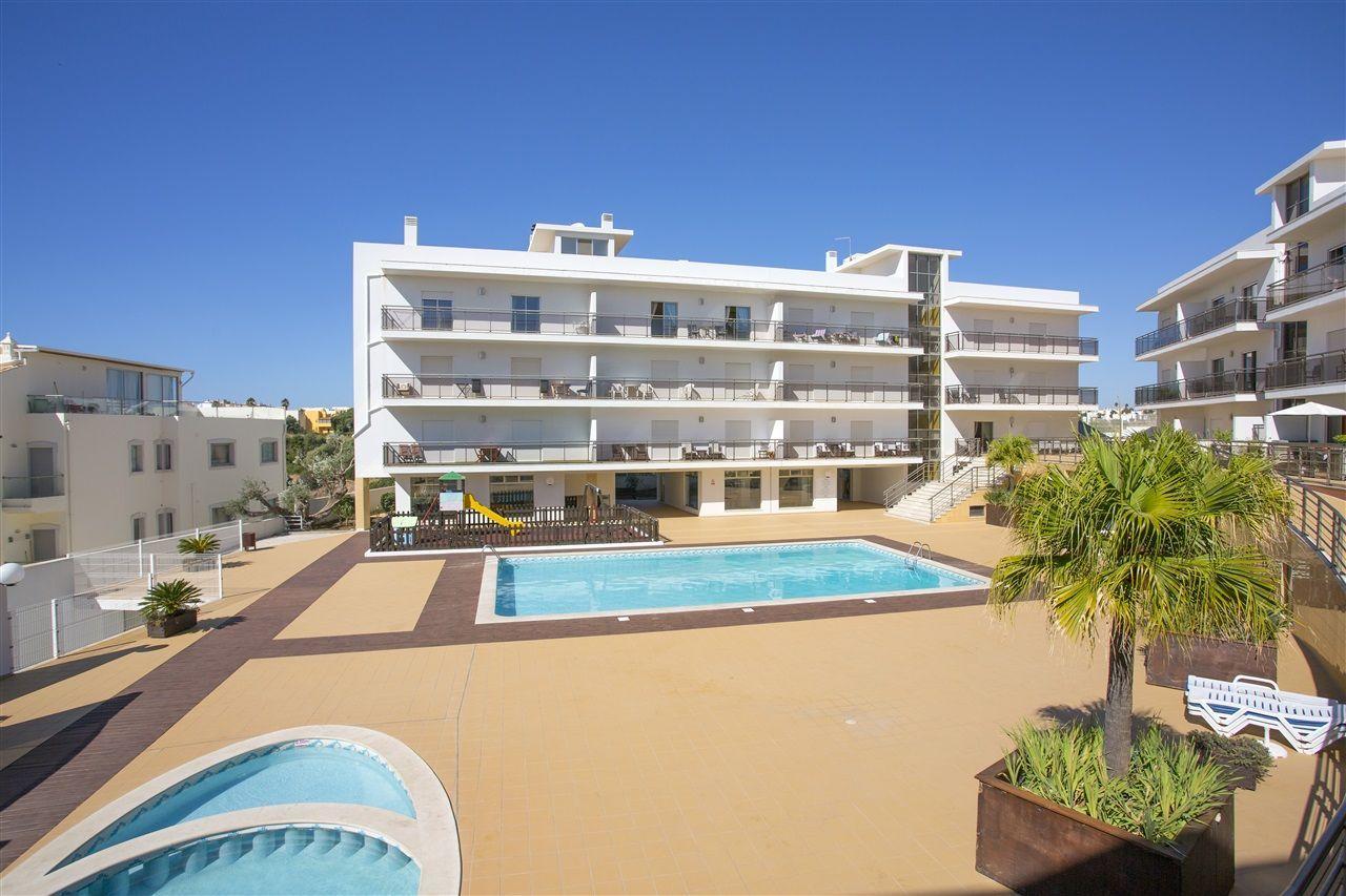 Апартаменты в Албуфейре, Португалия, 84 м2 - фото 1