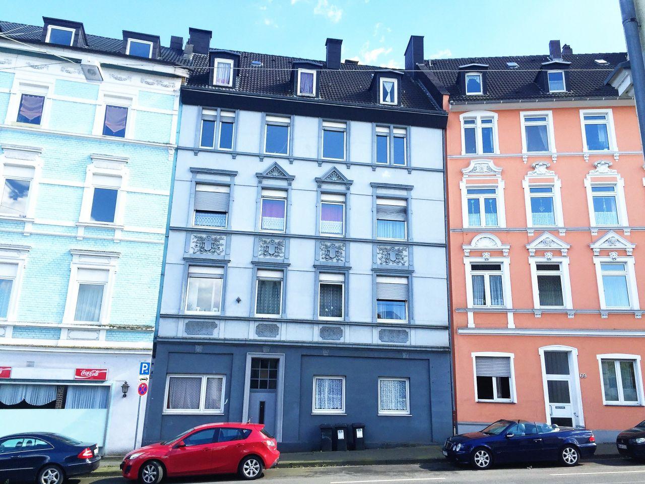 Доходный дом в земле Северный Рейн-Вестфалия, Германия, 454 м2 - фото 1