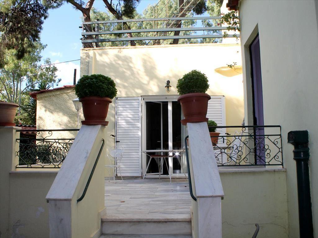 Коттедж в Афинах, Греция, 400 м2 - фото 1
