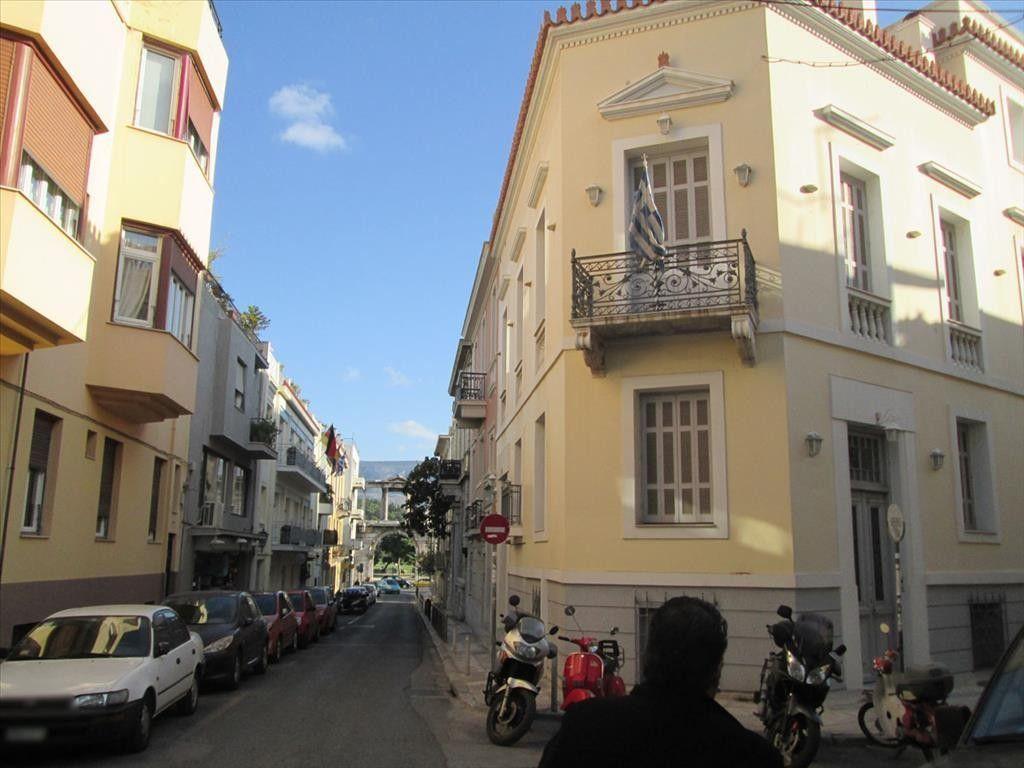 Коттедж в Афинах, Греция, 930 м2 - фото 1