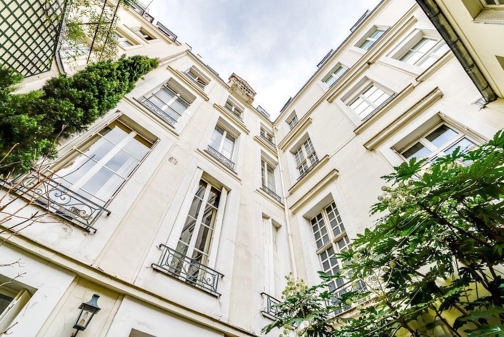 Квартира в Париже, Франция, 40 м2 - фото 1