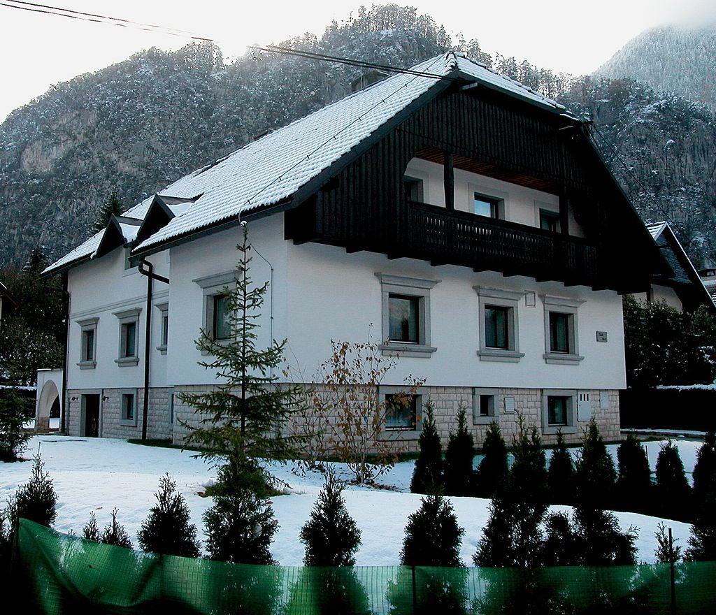 Дом в Краньской Горе, Словения, 420 м2 - фото 1