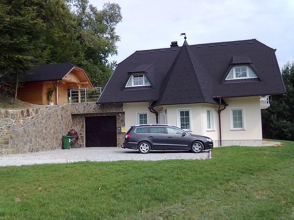 Дом в Рогашка-Слатине, Словения, 225 м2 - фото 1