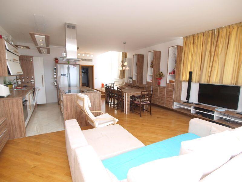 Квартира в Пиране, Словения, 180 м2 - фото 1