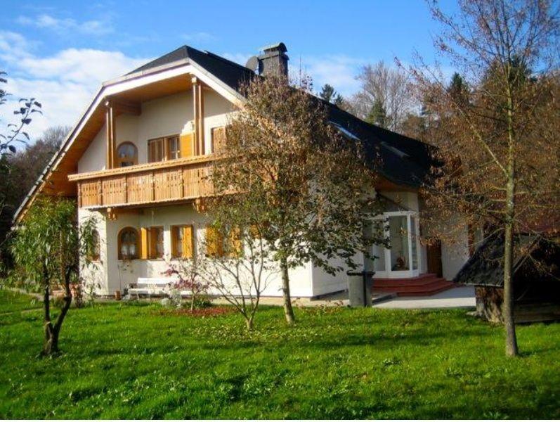 Дом в Радомле, Словения, 1824 м2 - фото 1