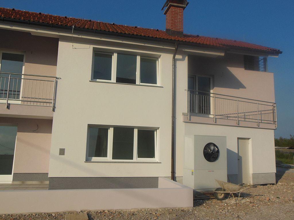 Квартира в Врхнике, Словения, 72 м2 - фото 1