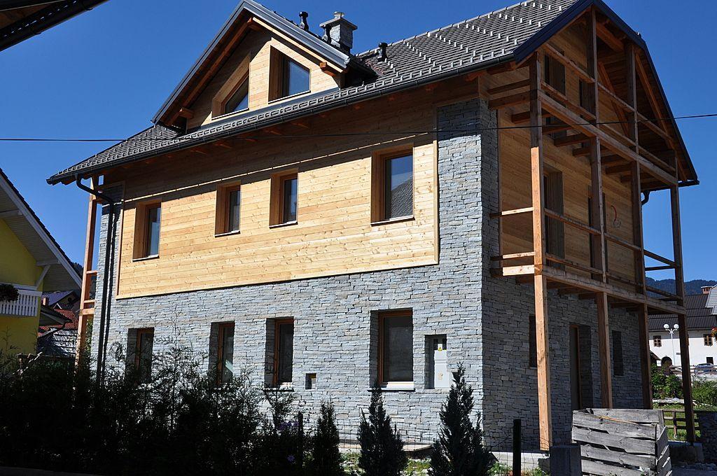 Дом в Краньской Горе, Словения, 230 м2 - фото 1