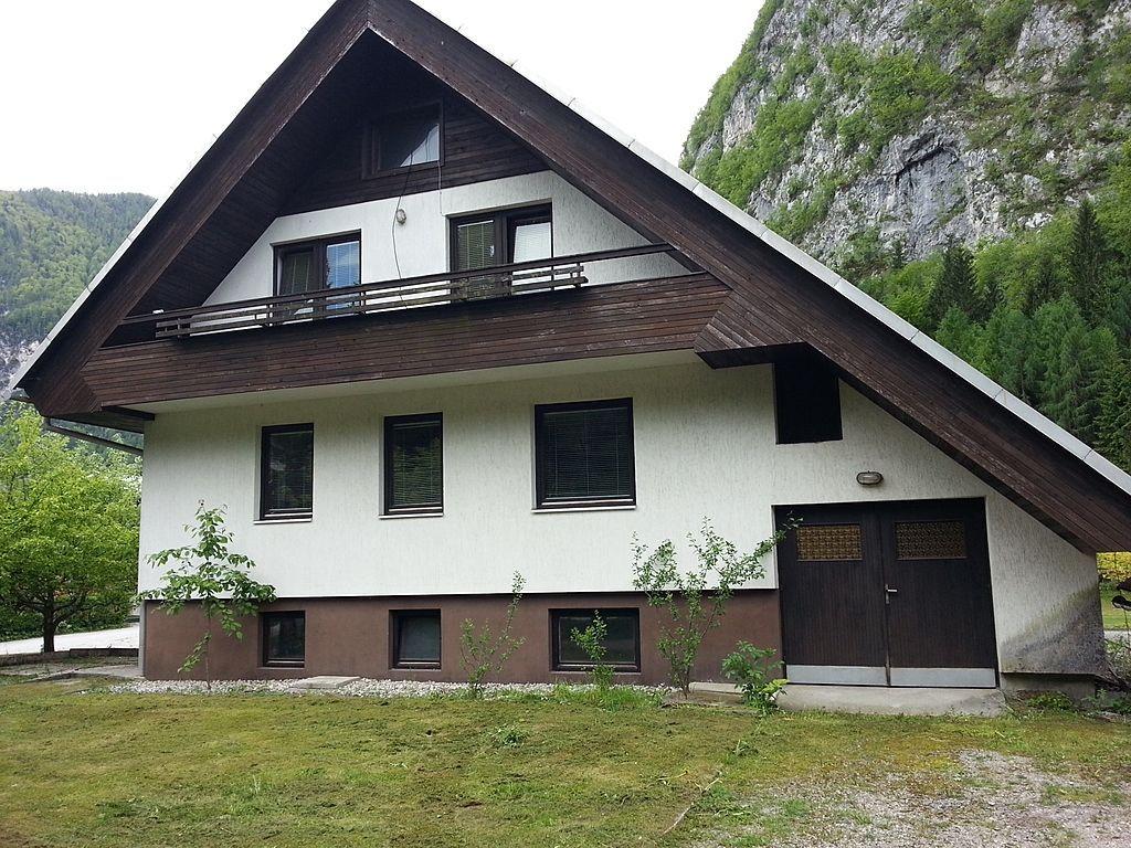 Дом в Краньской Горе, Словения, 490 м2 - фото 1
