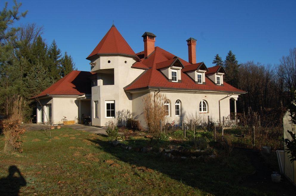 Вилла в Словенска-Бистрице, Словения, 821 м2 - фото 1