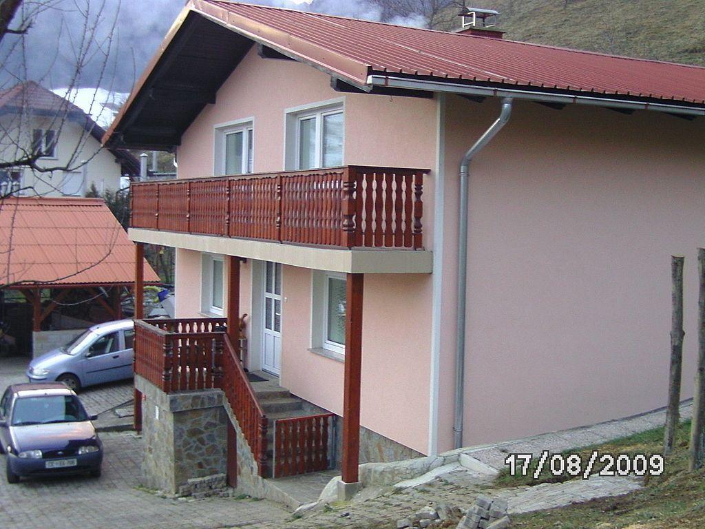 Ферма в Целе, Словения, 7667 м2 - фото 1
