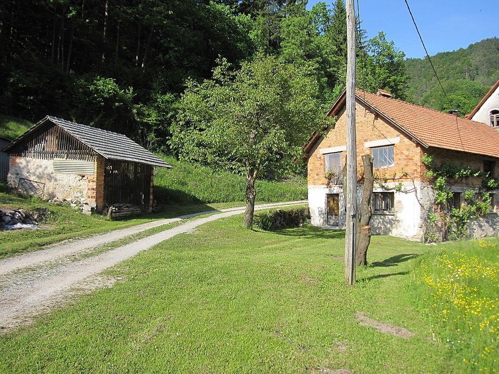 Дом в Любляне, Словения, 2500 м2 - фото 1