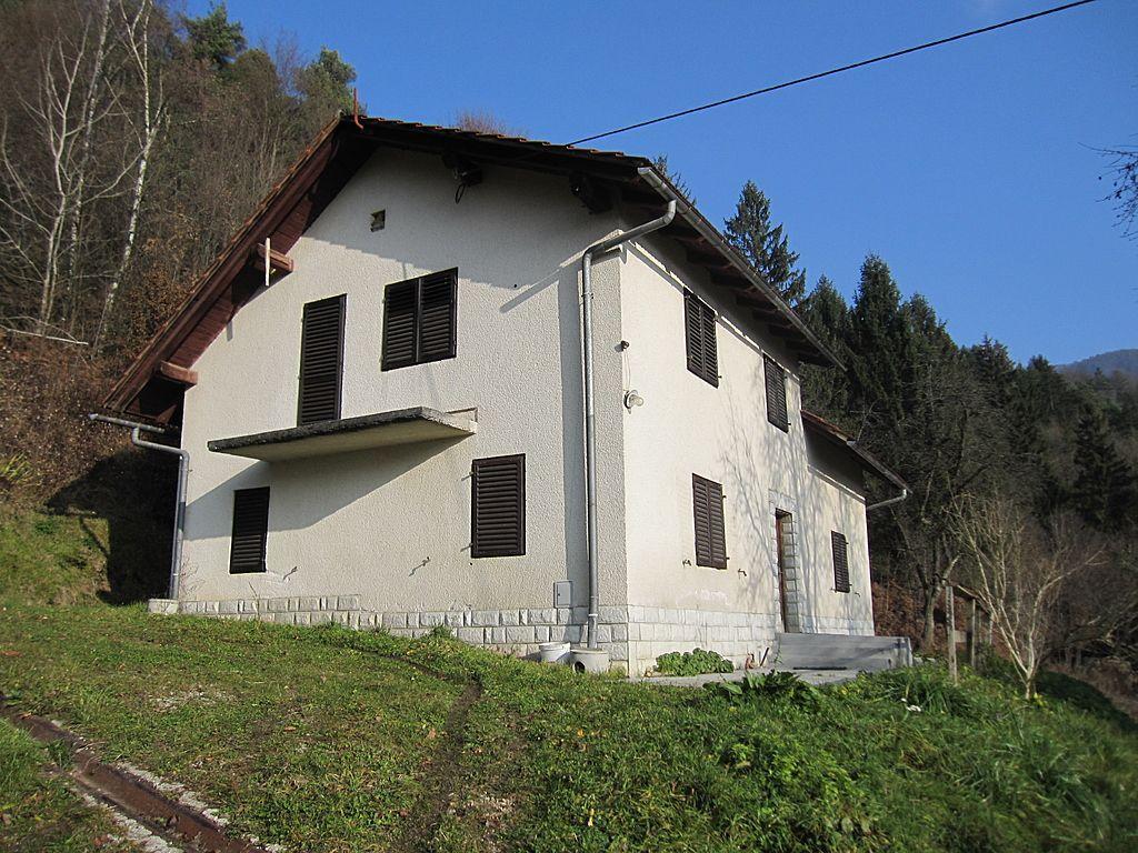 Дом в Любляне, Словения, 12647 м2 - фото 1