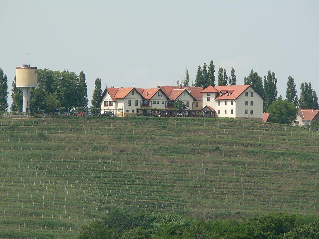 Коммерческая недвижимость в Лютомере, Словения, 1856 м2 - фото 1