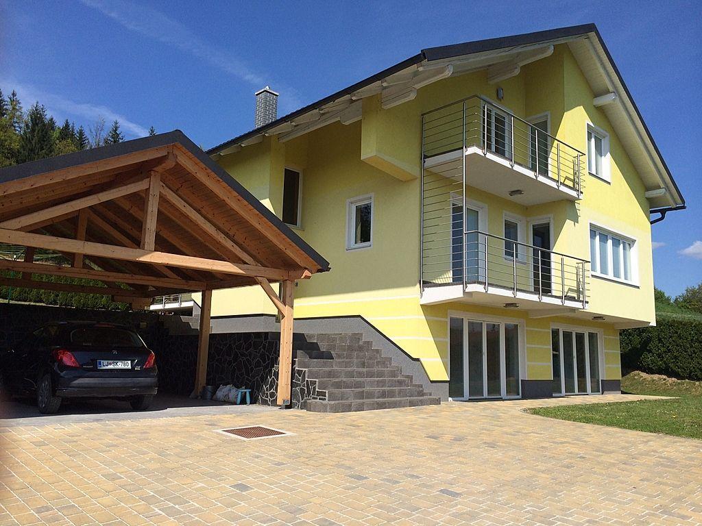 Дом в Рогашка-Слатине, Словения, 1033 м2 - фото 1