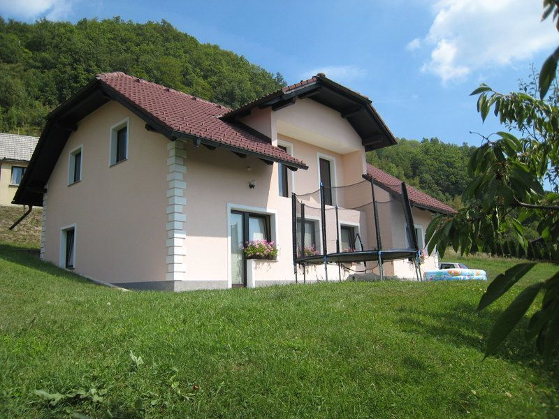 Дом в Рогашка-Слатине, Словения, 500 м2 - фото 1