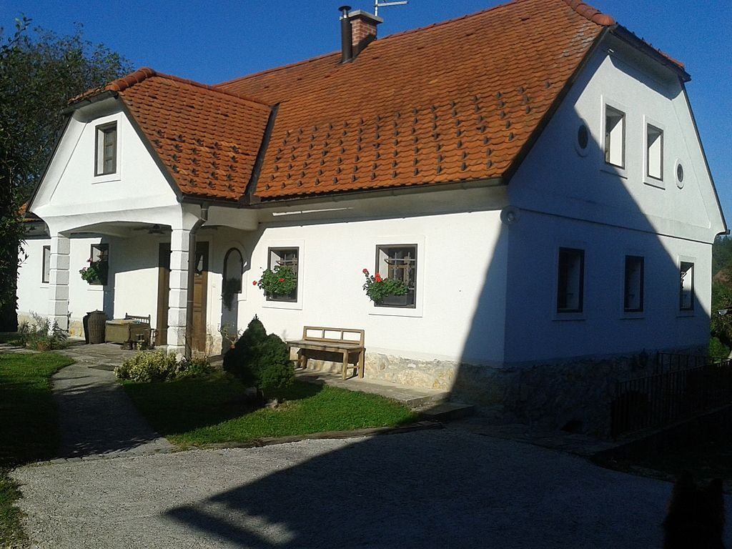 Ферма в Целе, Словения, 200 м2 - фото 1