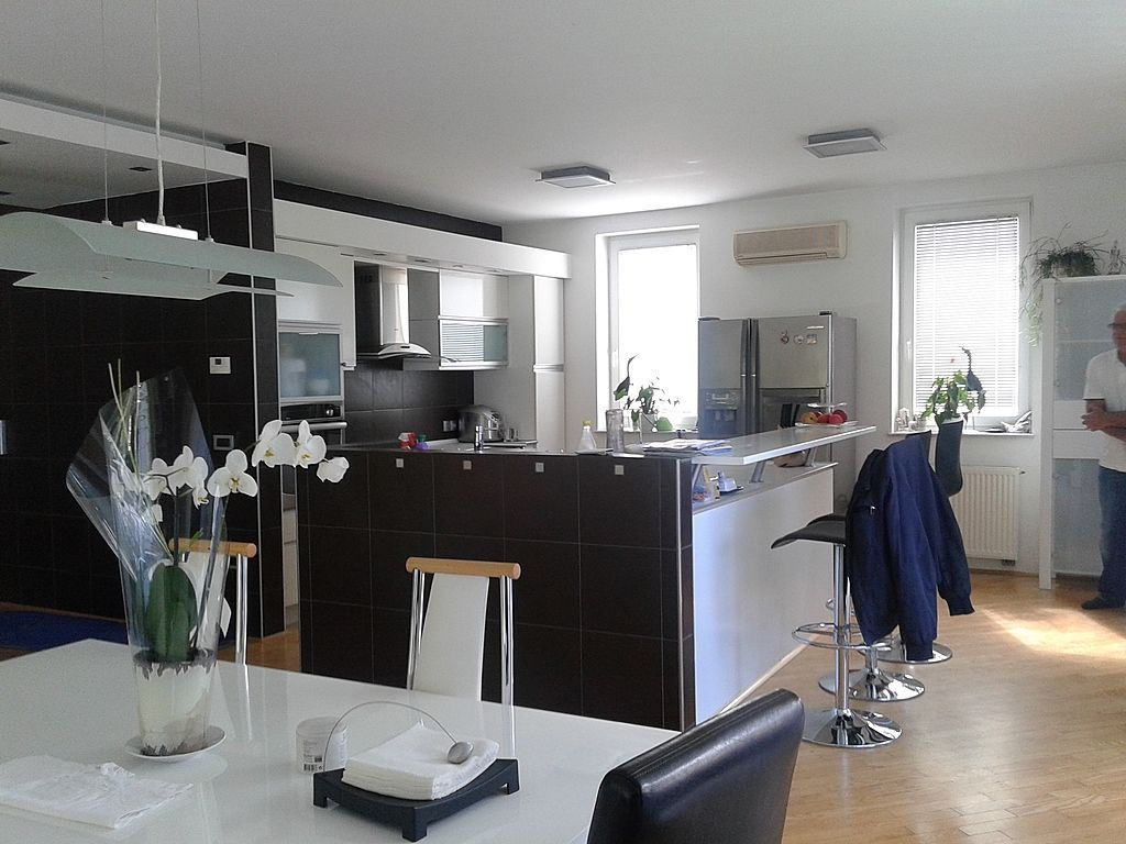 Дом в Ново-Место, Словения, 720 м2 - фото 1