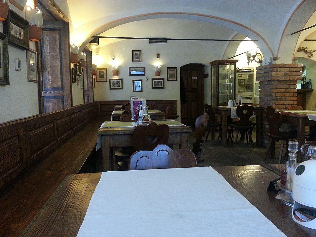 Кафе, ресторан в Любляне, Словения, 335 м2 - фото 1