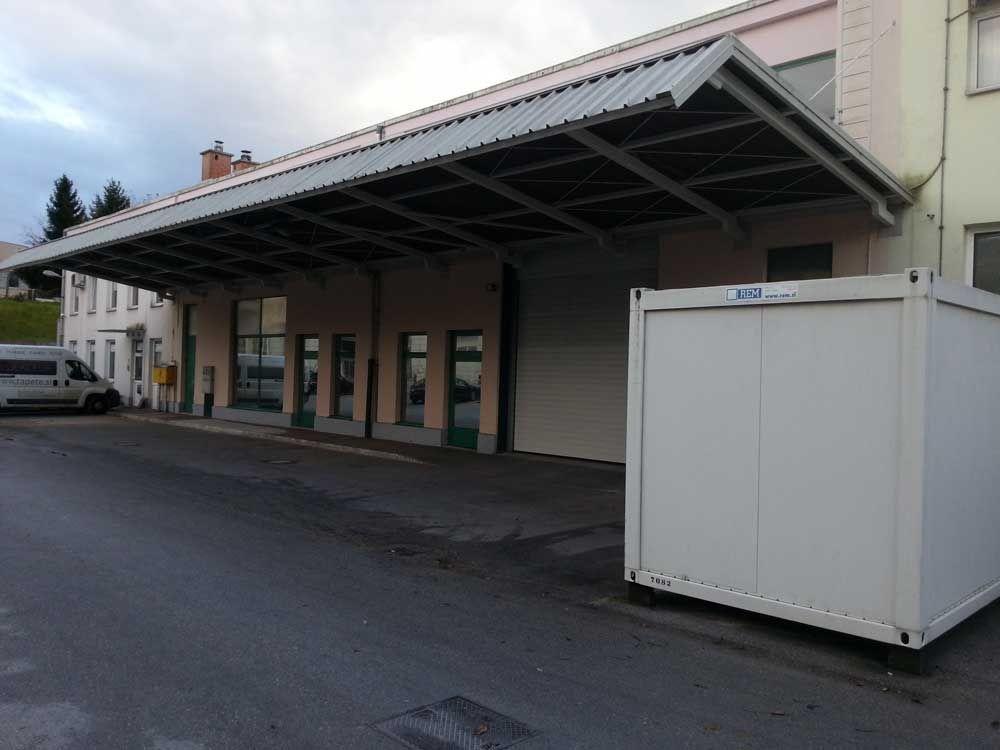 Коммерческая недвижимость в Домжале, Словения, 500 м2 - фото 1