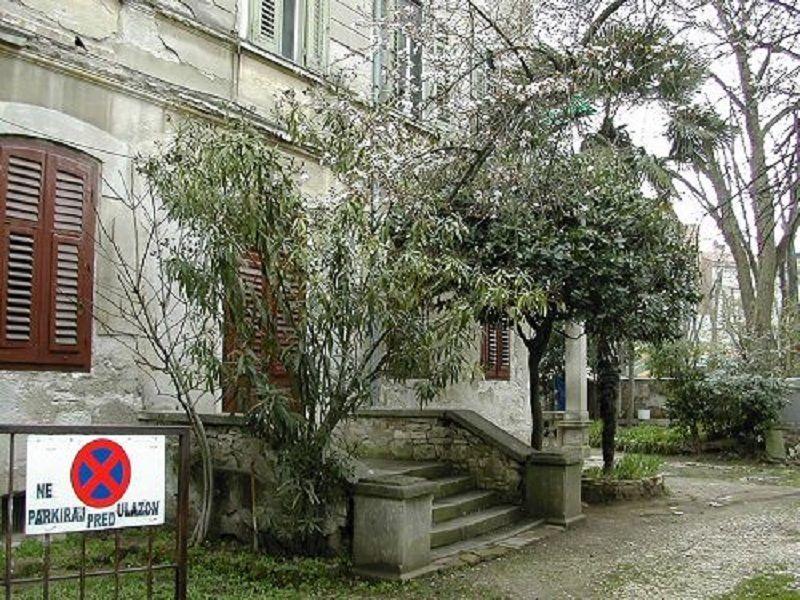 Квартира в Пуле, Хорватия, 120 м2 - фото 1