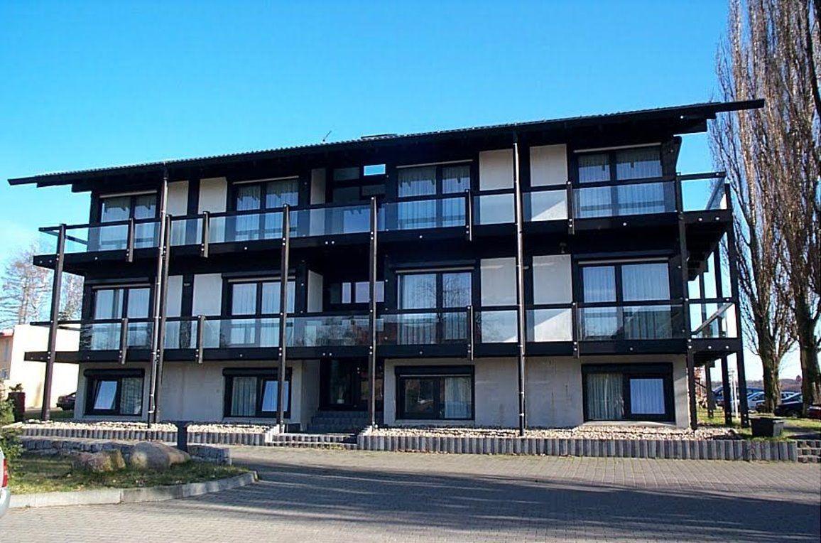 Отель, гостиница в Бранденбурге, Германия, 900 м2 - фото 1
