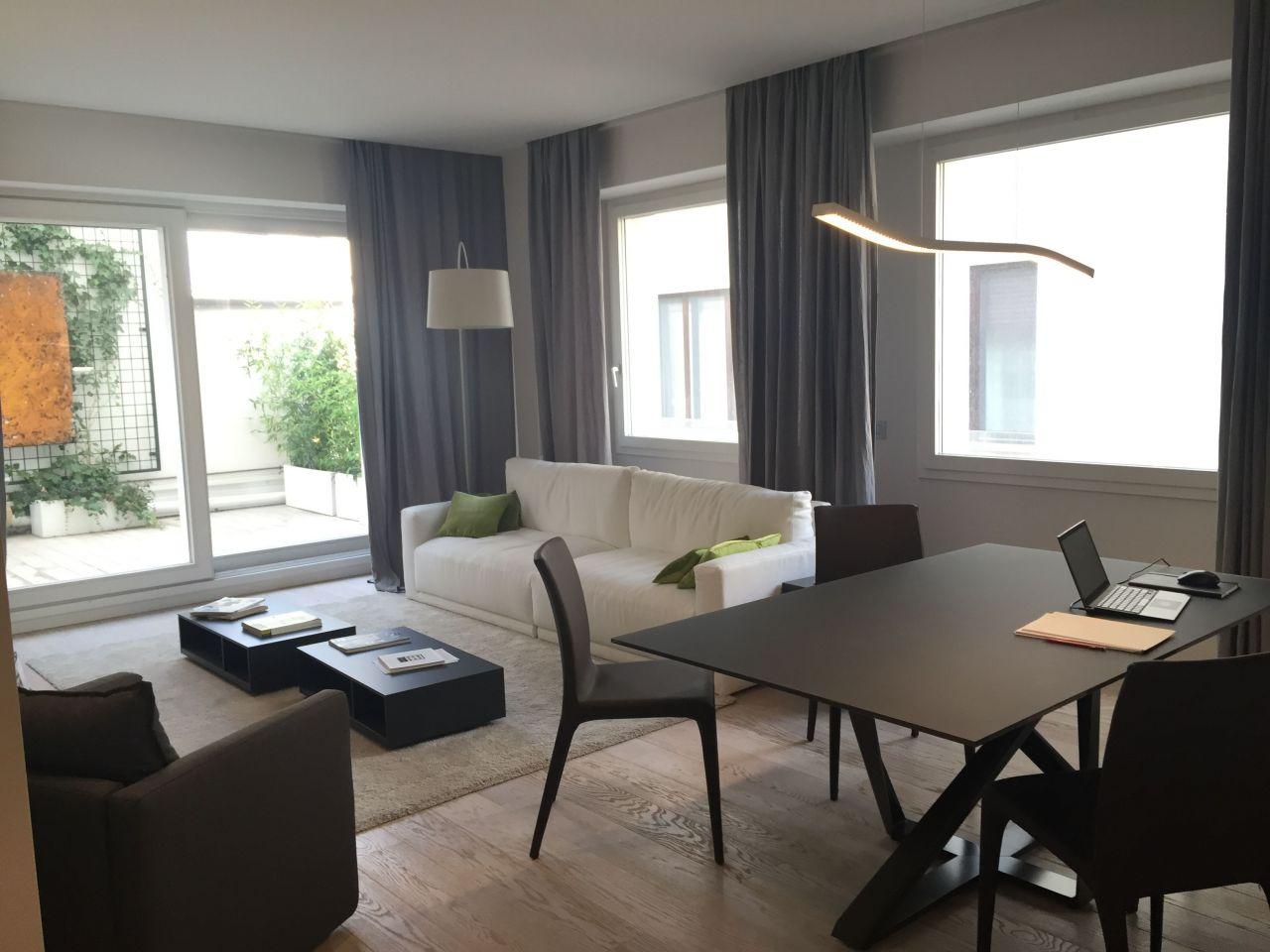 Апартаменты в Милане, Италия, 127 м2 - фото 1
