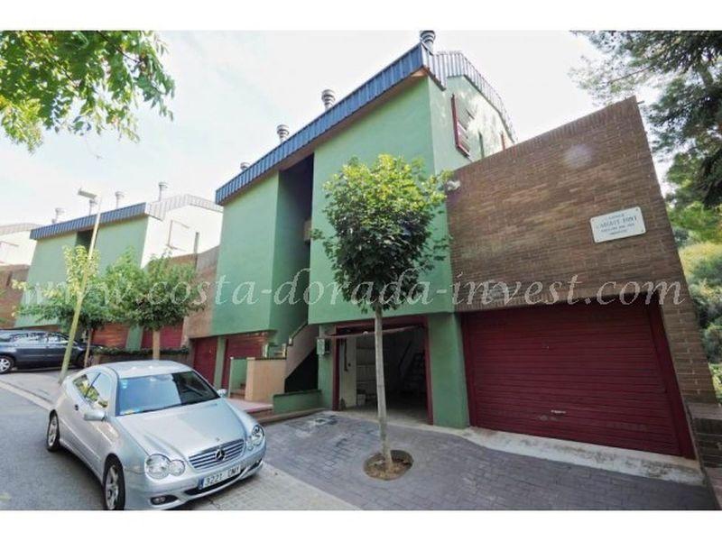 Дом в Барселоне, Испания, 140 м2 - фото 1